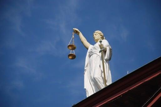 ASOCIATII DINTR-UN SRL POT FI EXCLUSI DOAR IN BAZA LEGII SOCIETATILOR - DECIZIE ICCJ